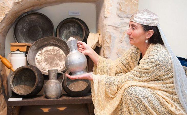 ביקור באתר משולב עם ביקור בבית הבוכרי בכפר ורדים