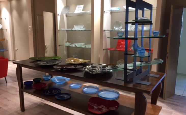 קלדרון MD – מרכז מבקרים וסטודיו לעיצוב וייצור בזכוכית